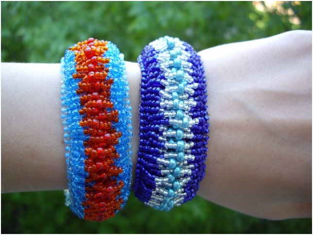 плетение широких браслетов из мозаичное плетение схемы из бисера мастер класс Схемы браслетов.