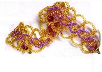 лилово-желтый браслет из бисера