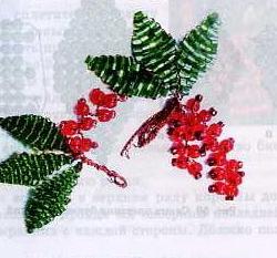 красная смородина из бисера