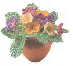 цветок брошь из бисера.