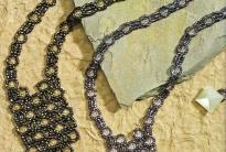 красивое украшение из бисера и бусин