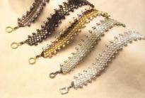 Разнообразные браслеты (10 видов)