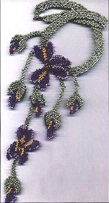 """Все лепестки, бутоны и листья ожерелья  """"Ирис """" и колье  """"Июньское настроение """" сплетены по сx.  1. Принцип плетения."""