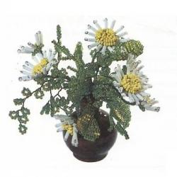 маргаритка из бисера. цветы маргаритки из бисера и стекляруса.