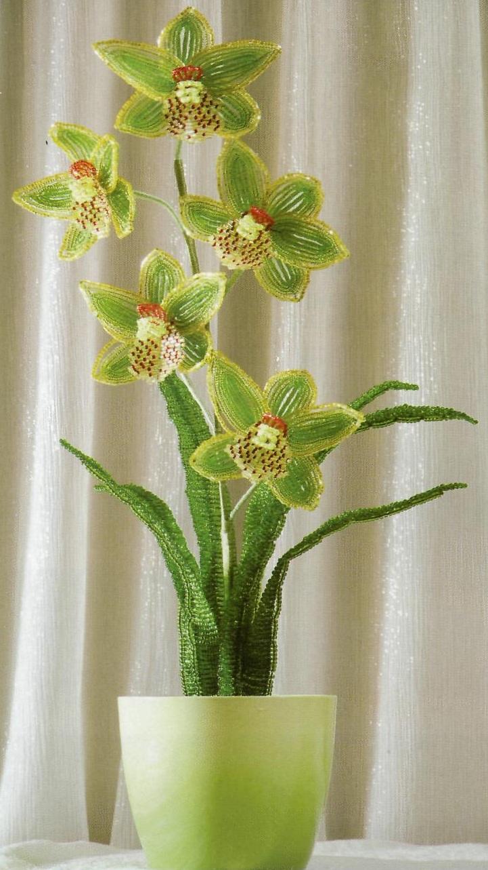 """Орхидея белая  """"Фаленопсис """" сплетенная из бисера.  Подробное описание работы, схемы плетения лепестков и сборка цветов..."""