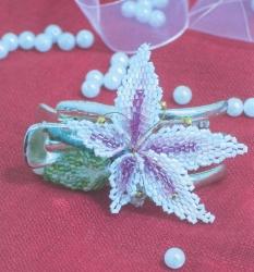 красивая заколка лилия из рубки