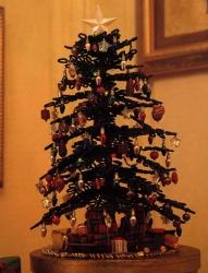 елка сплетенная из бисера