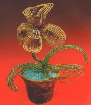 красивая желтая орхидея из бисера