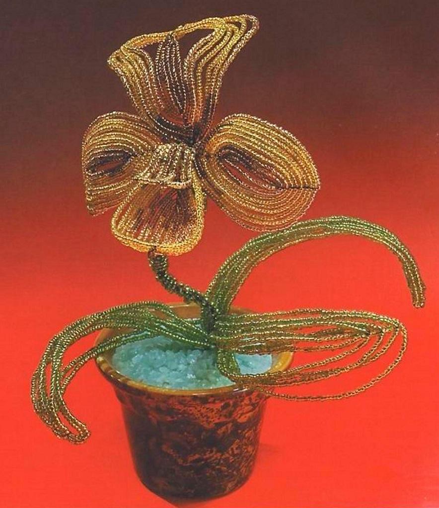 белая орхидея из бисера схема плетения