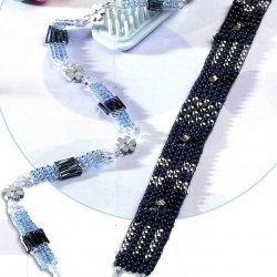 Отличная коллекция браслетов и поясов из бисера сплетенных параллельно или изготовленных на станке для ткачества.