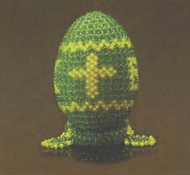 Четыре орнамента для оплетения яиц.