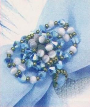 самодельное кольцо из бусин