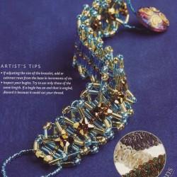 браслет из бисера и бусин. кристальный браслет.
