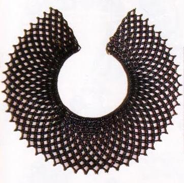 украшение из черного