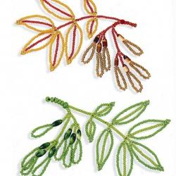 Учимся делать из бисера и бусин красивые веточки ясеня. Понятные схемы и описание к работе.