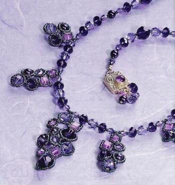 фиолетовое ожерелье