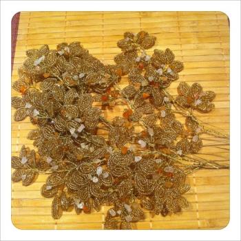сборка веток для золотистого панно из бисера рис. 1