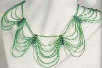 Колье из зеленого бисера