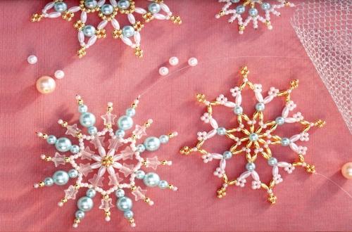 плетение снежинок