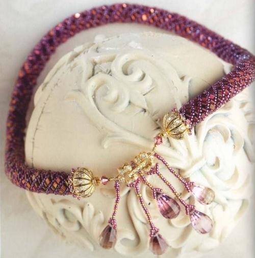 Розовый шнур