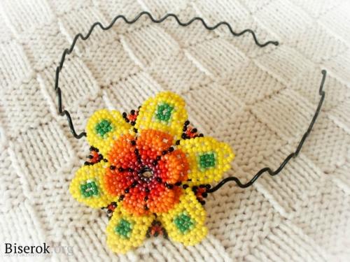 цветок на обруж