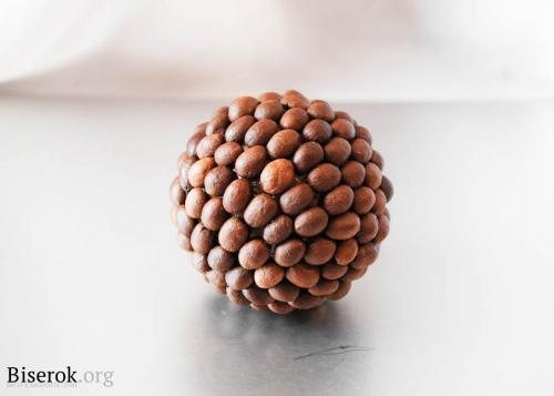 шар с кофейными зернами