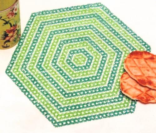 зеленая салфетка из бисера