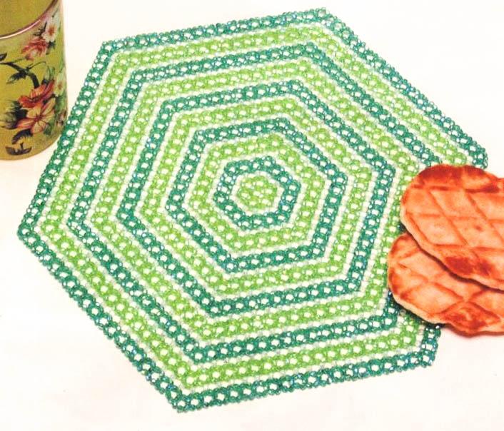 салфетка из бисера,салфетки из бисера схемы, плоские схемы из бисера.