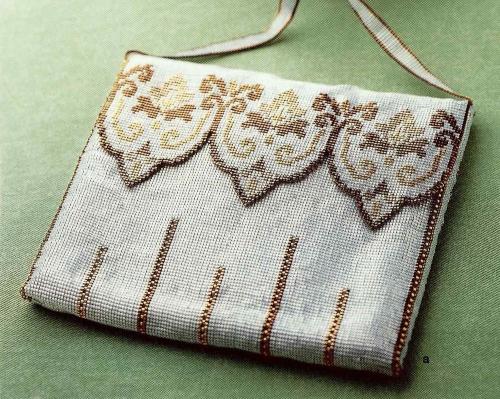 сумка тканая из бисера