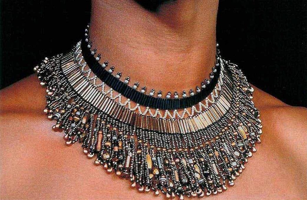 Красивое ожерелье из бисера