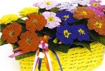 как сплести красивые цветы из бисера