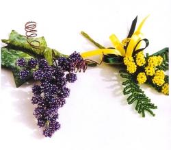 мимоза и виноград из бисера
