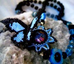 черно-голубая бабочка кулон