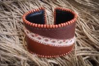 кожаный браслет в бисере