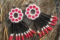 Huichol Beaded Earrings: сделано в Украине
