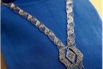 Плетеное ожерелье