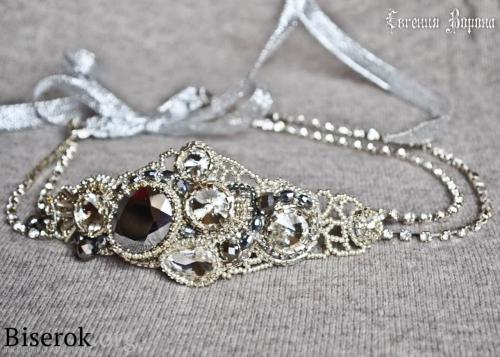 украшение для прически невесты, повязка на голову в греческом стиле, вышивка бисером, кристаллы риволи, стразы на цепи, мастер-класс, мк, МК, схема