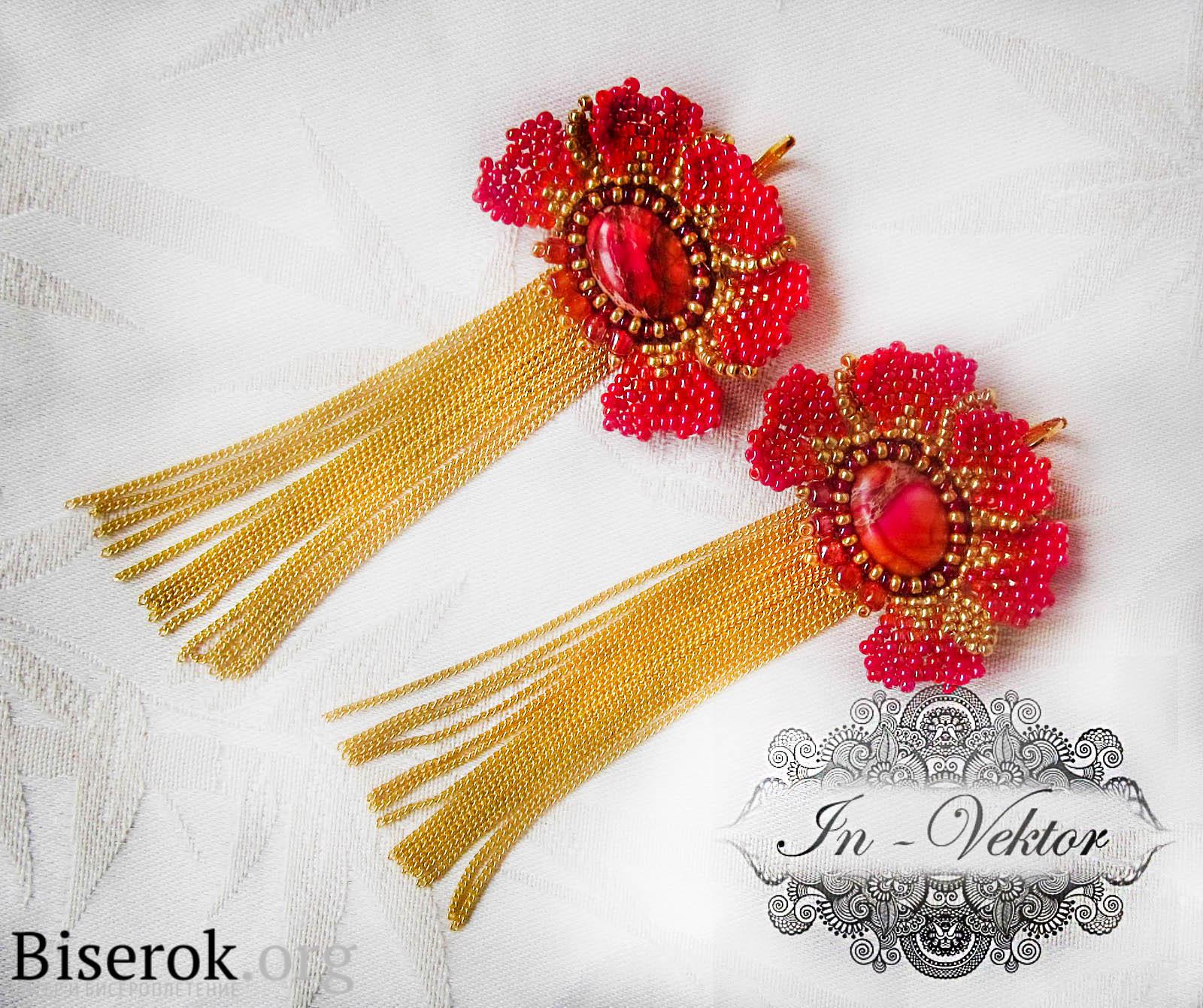 Учимся плести красные серьги из бисера в виде цветков. .  Самодельные сережки, плетем из бисера.