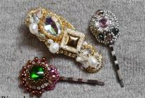 заколка, заколки, вышивка бисером, оплетение риволи и кабошонов, русский способ обшивки края, мастер-класс, мк, МК, схема