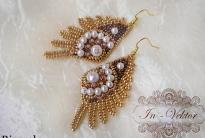 Золотистые серьги-крылья