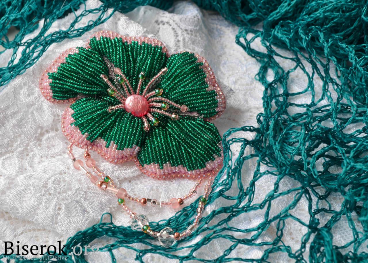 Вышивка бисером для цветочек