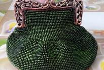 Мастер-класс по вязанию кошелька из бисера