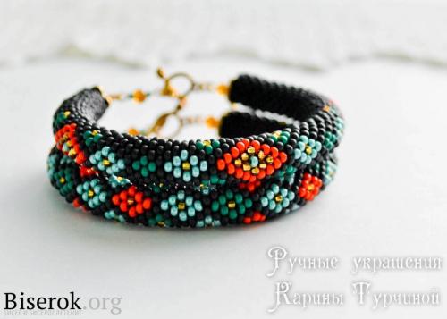 комплект браслетов с орнаментом, жгуты с яркими орнаментами, схема жгута на 10, жгуты с орнаментами