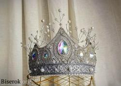 корона из бисера