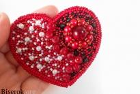 Брошь-валентинка